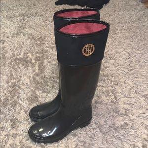 NWOT Tommy Hilfiger rain boots